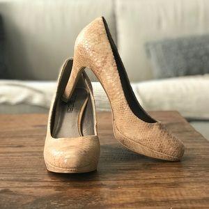 Nude snake print high heel shoes